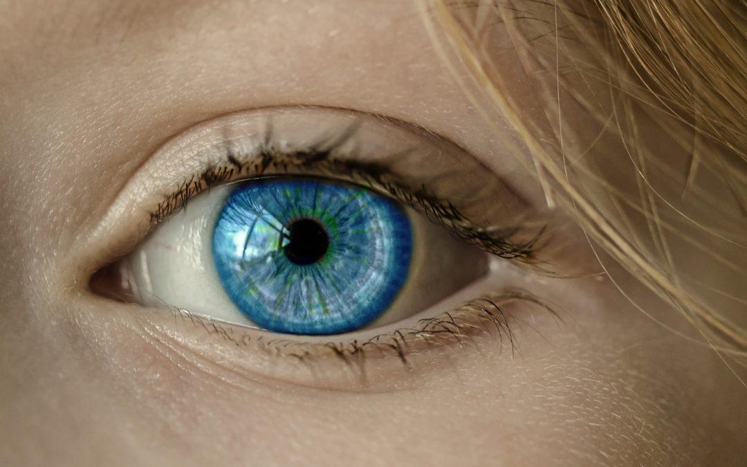 Leg med dit udtryk – leg med din øjenfarve
